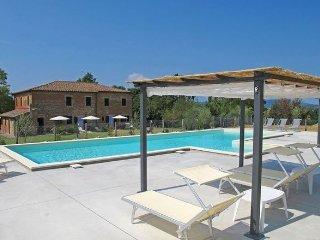 5 bedroom Apartment in Castiglione Del Lago, Siena e Dintorni, Umbria, Italy - San Fatucchio vacation rentals