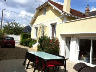 Cozy 3 bedroom House in Tours - Tours vacation rentals