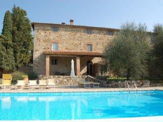 6 bedroom Villa in Castellina, Chianti, Tuscany, Italy : ref 2135265 - Castellina In Chianti vacation rentals