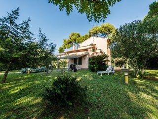 4 bedroom Villa in Castiglioncello, Etruscan Coast, Tuscany, Italy : ref 2135262 - Castiglioncello vacation rentals