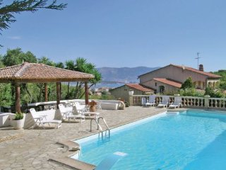 5 bedroom Apartment in La Seyne Sur Mer, Var, France : ref 2184327 - La Seyne-sur-Mer vacation rentals