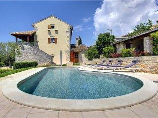 4 bedroom Villa in Barban, Istria, Pacici, Croatia : ref 2210070 - Glavani vacation rentals
