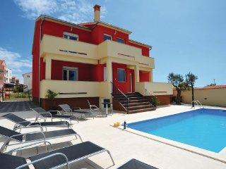 5 bedroom Villa in Biograd-Pakostane, Biograd, Croatia : ref 2218902 - Pakostane vacation rentals