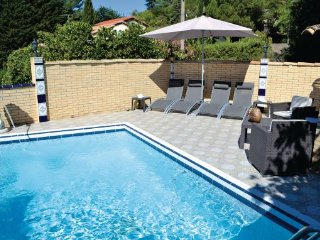 5 bedroom Villa in Sete, Herault, France : ref 2221441 - Balaruc-les-Bains vacation rentals