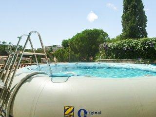 Central studio with terrace near beach - Marseillette vacation rentals