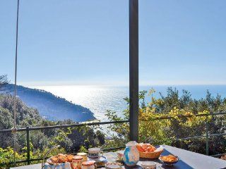 3 bedroom Villa in Bonassola- Le Cinque Terre, Cinque Terre, Italy : ref 2239344 - Bonassola vacation rentals