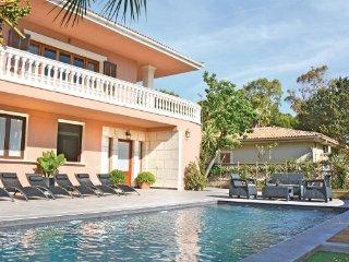 6 bedroom Villa in Platges de Muro, Majorca, Mallorca : ref 2239518 - Playa de Muro vacation rentals