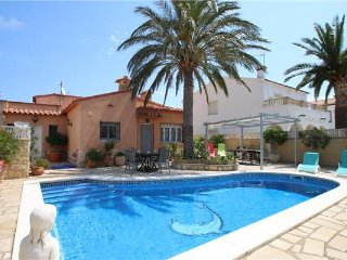 Villa in Miami Playa, Costa Dorada, Spain - Miami Platja vacation rentals