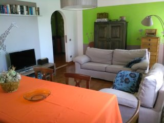 Nice House with Internet Access and A/C - Peschiera del Garda vacation rentals
