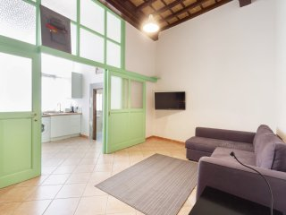 Ghibellina Light (sleeps 2+2) Santa Croce - Florence vacation rentals