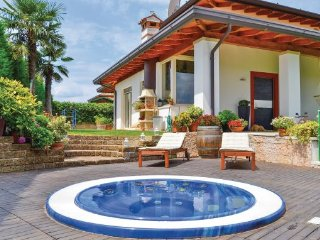 3 bedroom Villa in Lazise-Garda, Lake Garda, Italy : ref 2280065 - Lazise vacation rentals