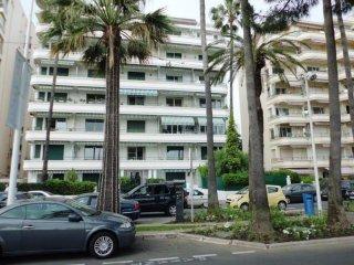 One Bedroom Regent Croisette - Cannes vacation rentals