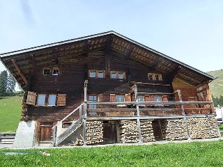 3 bedroom Apartment in St Stephan, Bernese Oberland, Switzerland : ref 2284449 - Sankt Stephan vacation rentals