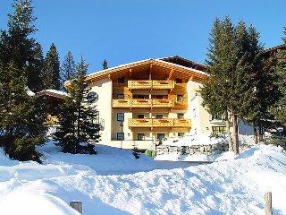 2 bedroom Apartment in Konigsleiten, Zillertal, Austria : ref 2295473 - Almdorf Konigsleiten vacation rentals