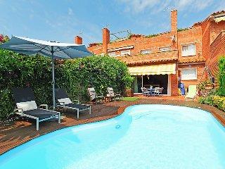 3 bedroom Villa in Sant Vicenc de Montalt, Barcelona Costa Norte, Spain : ref 2296213 - Sant Vicenc De Montalt vacation rentals