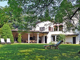4 bedroom Villa in Gentilino, Ticino, Switzerland : ref 2298005 - Montagnola vacation rentals