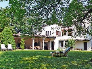 4 bedroom Villa in Gentilino, Ticino, Switzerland : ref 2298005 - Montagnola vacation rentals