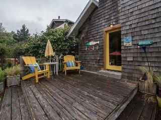 Hutchins House~MCA#1123~ Perfect for venturing around town or the beach!! - Manzanita vacation rentals