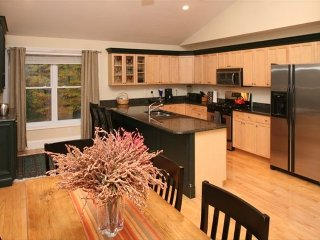 New, Luxury, Hilltop Home with Mountain View - North Conway vacation rentals