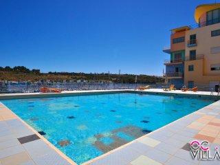 Apartamento da Marina T2, ideal para quem quer estar perto de tudo em Albufeira - Albufeira vacation rentals