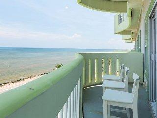 Galveston Seawall Condo with Birds-Eye Gulf Views & Pool/Hot Tub Access - Tiki Island vacation rentals