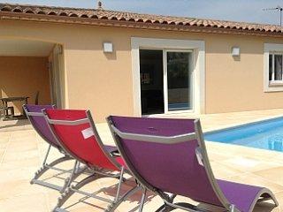 Villa climatisée, avec piscine pour 8 personnes, - Neffies vacation rentals