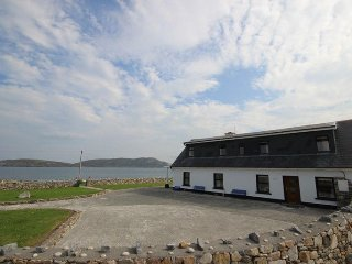 Beach House Cleggan - Stunning beach property sleeping 12 - Cleggan vacation rentals