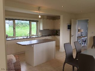 4 bedroom House with Parking in Ballyconneely - Ballyconneely vacation rentals