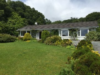 3 bedroom House with Parking in Cashel - Cashel vacation rentals