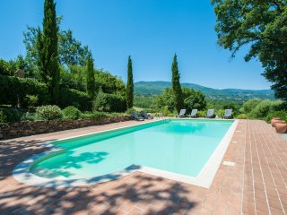 5 bedrooms, private swimming pool, stunning views - Caprese Michelangelo vacation rentals