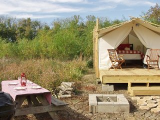 Glamping St. Louis - Paddler's Rest - Saint Charles vacation rentals