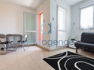 Charming Saint-Laurent du Var House rental with Television - Saint-Laurent du Var vacation rentals