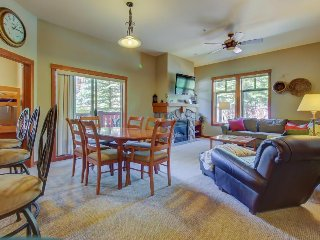 Ski-in/ski-out condo with a deck, ski views & a shared pool and hot tub! - Solitude vacation rentals