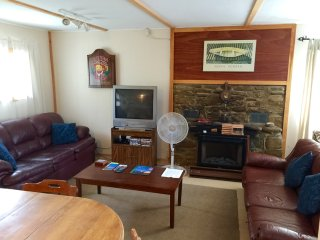 3 bedroom Cottage with Patio in Tobermory - Tobermory vacation rentals