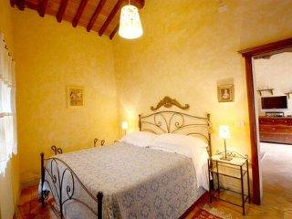 Borgo Dolci Colline Loggia - Castiglion Fiorentino vacation rentals