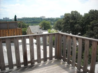 large 4 bedroom 3 bathroom townhome near train - Philadelphia vacation rentals