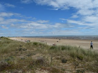 Sea Views, 3 Bed, Wifi, Pets Welcome, Games Room - New Romney vacation rentals