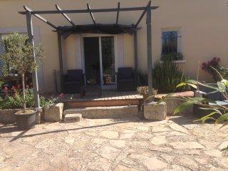 COUP DE CŒUR. Montpellier appart standing terrasse - Saint-Jean-de-Vedas vacation rentals