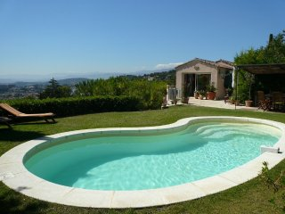 Beautiful 4 bedroom Le Cannet Villa with Internet Access - Le Cannet vacation rentals