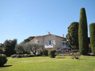 5 bedroom Villa with Internet Access in Mouans-Sartoux - Mouans-Sartoux vacation rentals