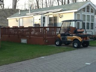 2 Bedroom Cottage - Paradise in Wyldewood Sherksto - Niagara Falls vacation rentals