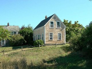 3 Bedroom Updated Antique. Walk to Town & Beach! - Provincetown vacation rentals