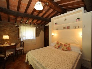 borgo Dolci Colline capannina - Castiglion Fiorentino vacation rentals