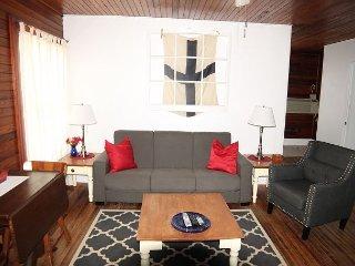 Dolphin Watch, 1 Bedroom, 1 Bath, Flat Screen TV, Steps to Beach/Pet Friendly - Saint Augustine vacation rentals