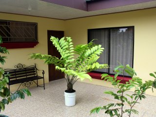 The perfect place: Friends, Couples & Families - La Fortuna de San Carlos vacation rentals