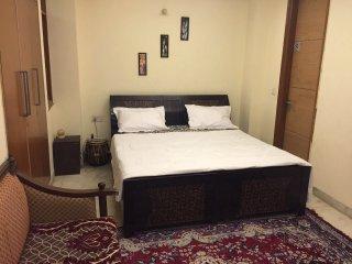 AC Private Room + Living Room + Kitchen - New Delhi vacation rentals