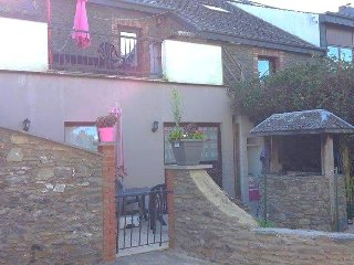 Bright 5 bedroom Bastogne Gite with Internet Access - Bastogne vacation rentals