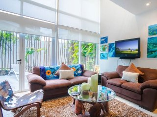 Ground Floor 1 Bedroom Home with direct Pool access - Playa del Carmen vacation rentals