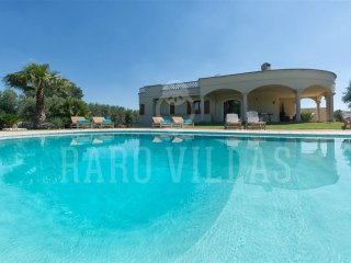 Villa Tea, Finest Collection, self catering villa with pool in Ostuni, Puglia | Raro Villas - Ostuni vacation rentals