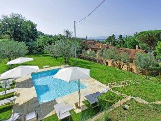 Villa Morandi with private swimming pool - Loro Ciuffenna vacation rentals